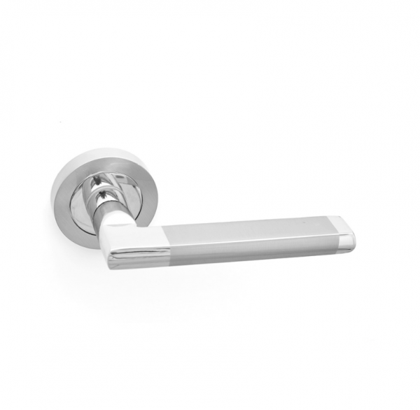 Boyne-Door-Handle-on-Rose-Zinc-Satin-Nickel-Chrome-Pair